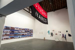 A partir da esquerda, obras de Teresa Margolles Leonardo Herrera, Amanda Copstein e Manoel Manoel